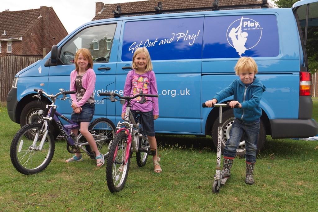 kidsonbikeswithPGvans